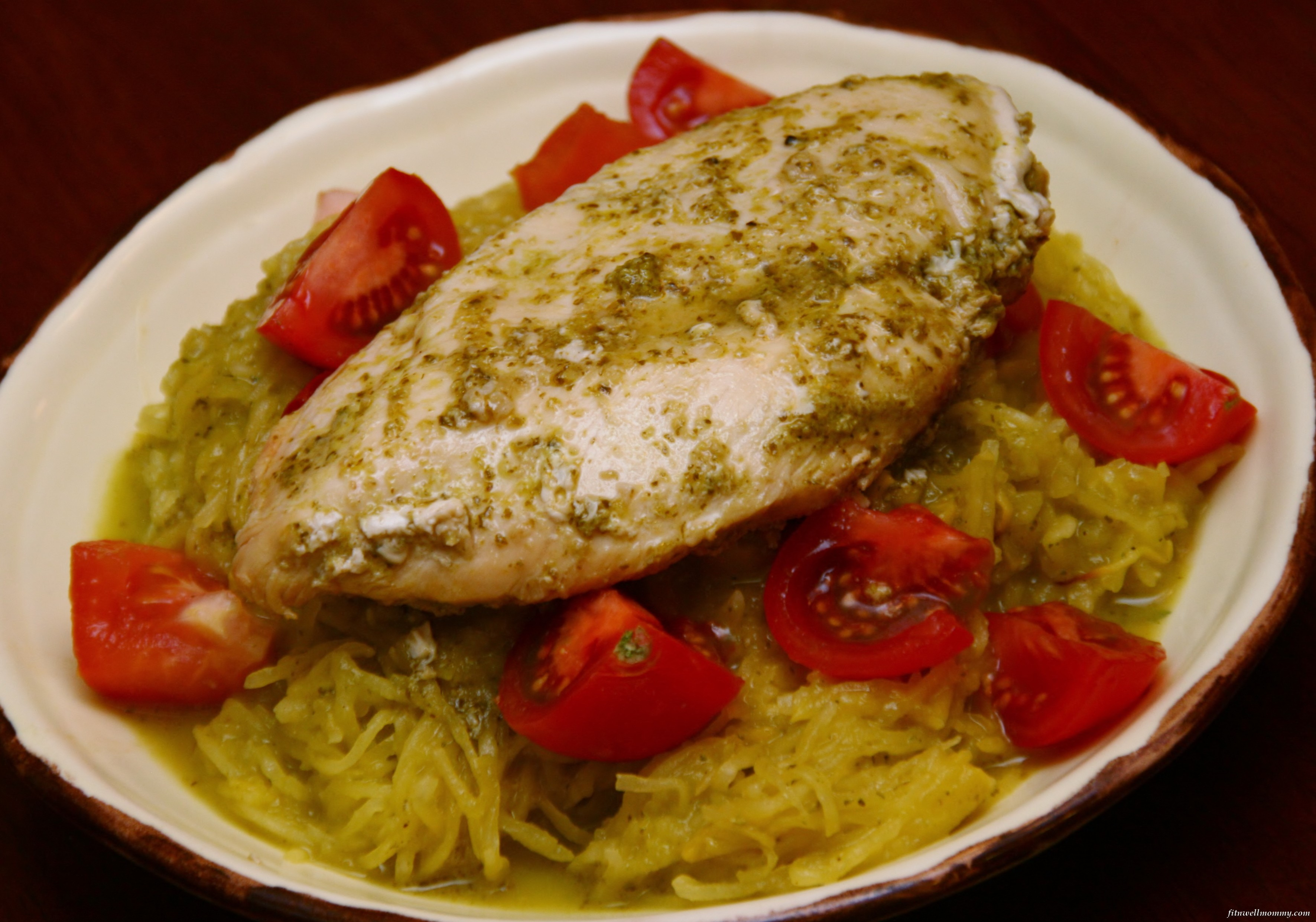 Cilantro lime spaghetti squash with chicken deliciously fit for Things to do with spaghetti squash